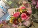 ピンクが可愛い花束