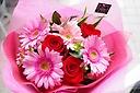 ピンクレッドな4000円花束!