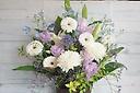 【お盆】季節のお花が入った淡いカラーアレンジメント