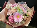 エレガントな大人ピンク花束