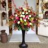 【スタンド花】赤バラと白バラのスタンド花