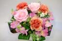 **ピンクのバラのアレンジ**