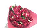 深紅のバラの花束