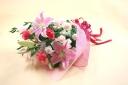 ピンクのユリを使ったボリューム花束