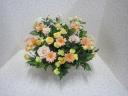 黄色やオレンジのお花のお任せアレンジメント♪
