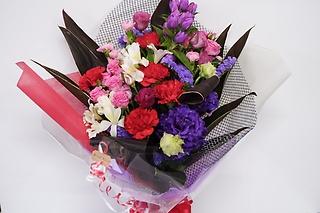 ロマンチックな花束