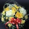 【母の日】黄色いバラのまんまるアレンジメント
