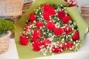 【母の日】 赤いカーネーション花束