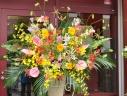 スタンド生花 開店お祝い・劇場への贈り物・お祝いに