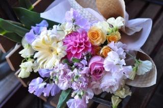 hanakuraおまかせ花束 ほんわかバージョン