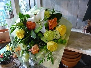 ユリとバラのボリューム花束