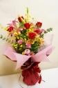 明るく華やかな花束!【レガッタ】