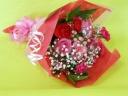 バラとカーネーションとかすみそうの花束