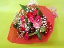 カーネーションとかすみそうの花束