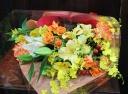 【送別会・発表会・御祝用】フワッと抱える花束
