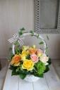 バラがいっぱいなアレンジメント T-002