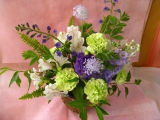季節の紫御供えアレンジメント