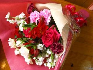 ピンクレッドおすすめ♪花束