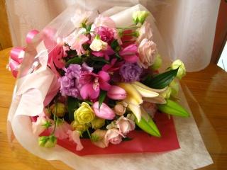 ピンクのソナタ♪花束