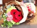 赤とピンクの花束(ラウンドS)