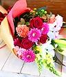 赤とピンクのおまかせ花束