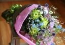 お洒落色のお供え花束をお届け【癒されます。】