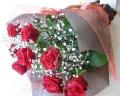 花束【赤バラとかすみ草の花束】