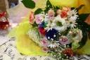 レインボーとブル-ローズの花束「夢色パティシエール