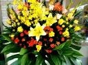 ボリューム感あるお祝いスタンド花(1段)