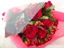 真っ赤なバラが主役です!!花束