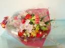 歓送迎におすすめな華やか花束(赤・ピンク系)