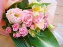 ふんわりパステルカラーの花束