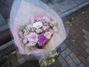 淡いピンクの花束★春風