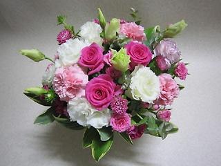 可愛いお花の花かご