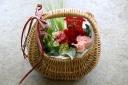 母の日に贈るアレンジメントと日本酒石鹸」