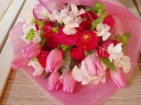 ピンクチューリップの花束