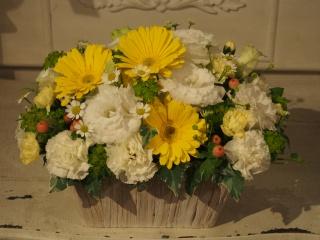 笑顔のままで・・・ペットちゃんに捧げるお供えのお花