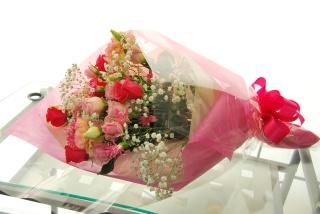 華やか!ピンクいっぱい花束