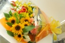 【母の日】ヒマワリの大きな花束