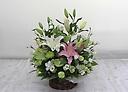 素敵でボリュームのある心のこもったお供えのお花
