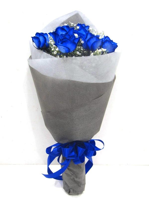 【オリジナル染色】青いバラ10本とかすみ草の花束