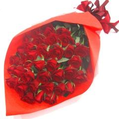 《センス良く情熱的》赤いバラ40本の花束