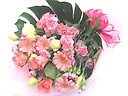 淡い優しいピンクのグラデーション花束