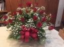 赤バラの華やかアレンジメント