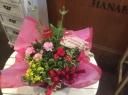 マザーズディ寄せ鉢 赤とピンクのカーネーション入り