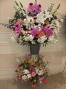 豪華な葬儀用生花スタンド