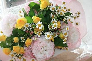 優しいパステル花束