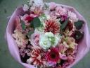 ふわふわ&シックな花束☆ピンク
