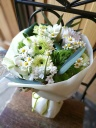 感謝の気持ちを花にこめて。ペットのお供え花束