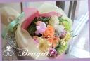 バラと季節の花を使って パステルブーケ 1